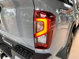 Đèn Hậu Nissan Navara 2022 Pro4X