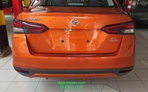 Đuôi Xe Nissan Almera EL
